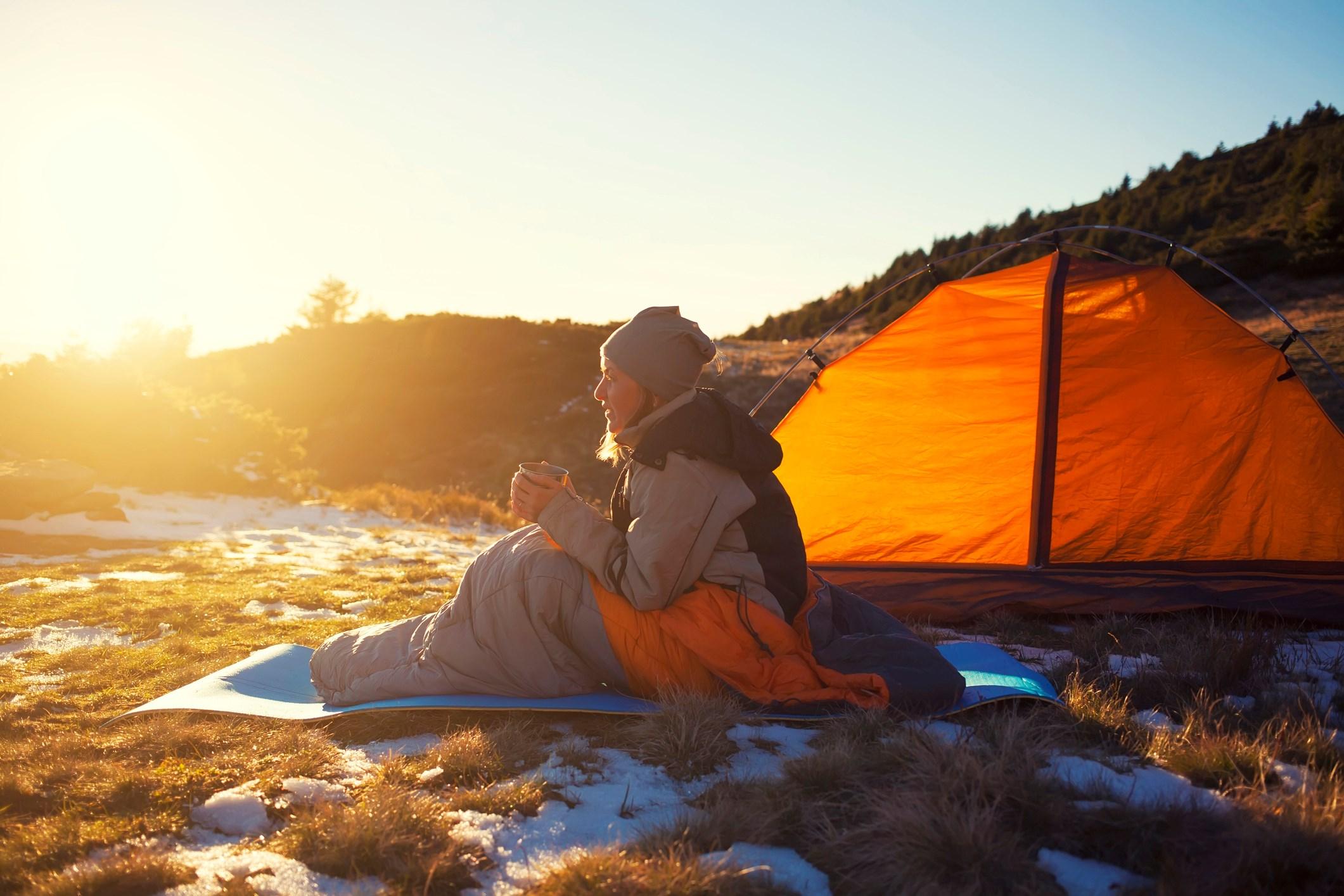 woman_camping
